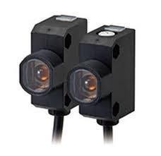 Sensor Fotoelétrico E3Z-F  Omron