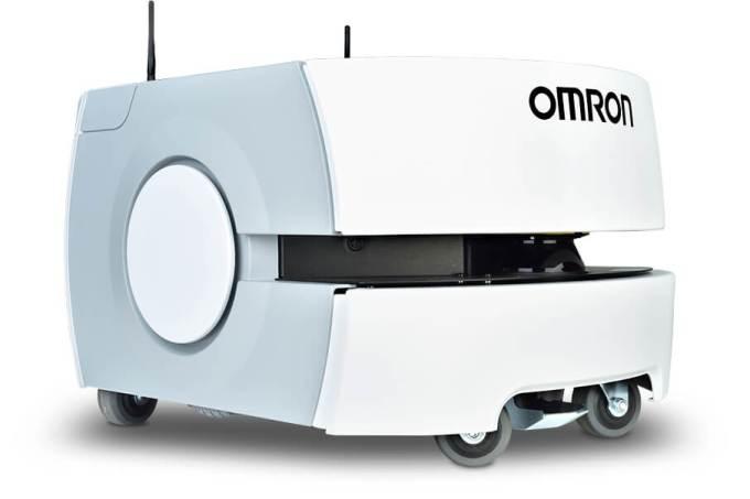 Robô da OMRON recebeu visitantes e distribuiu materiais na Fispal Tecnologia
